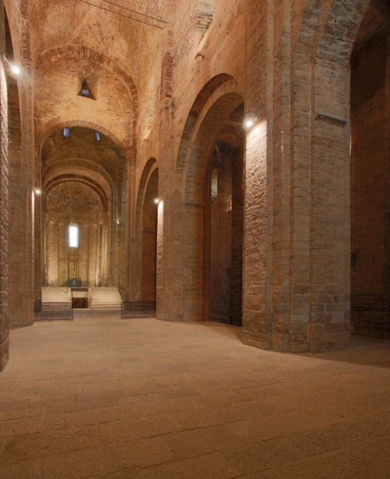 Nave, Sant Vicenç de Cardona, Cardona (Barcelona)  Photo by Jong-Soung Kimm