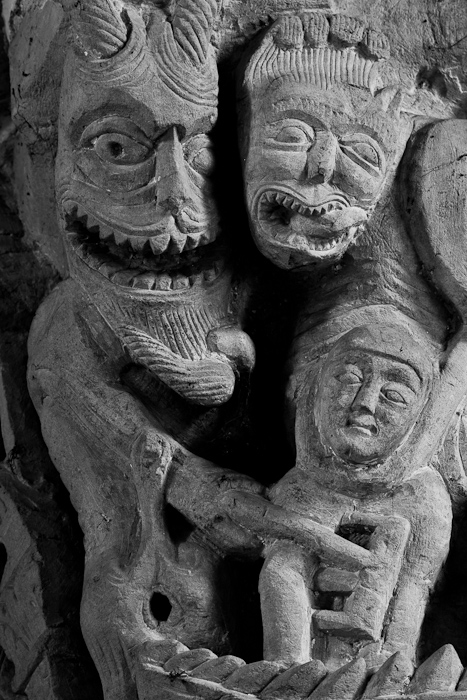 Capital - Demons with the damned, Église Saint-Révérien, Saint-Révérien (Nièvre)  Photo by Dennis Aubrey