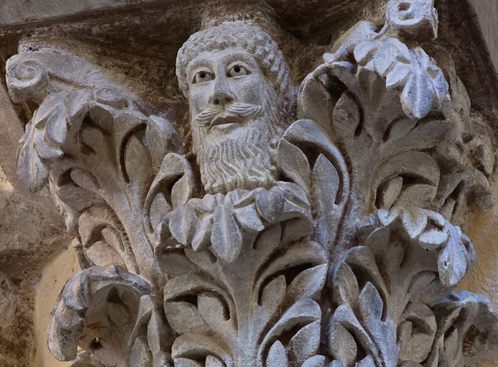 Capital - Green Man, Église Notre Dame du Port, Clermont-Ferrand (Puy-de-Dôme)  Photo by Dennis Aubrey