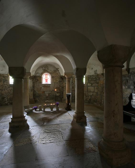 Crypt, Stiftskirche Saint Cyriakus, Gernrode (Sachsen-Anhalt, Germany)  Photo by Jong-Soung Kimm