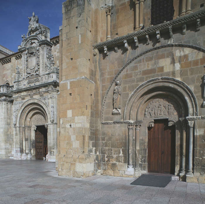 León-Basilica de San Isidoro 01sm