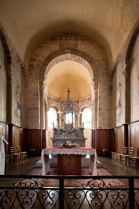 Apse, Église Saint-Étienne, Lubersac (Corrèze)  Photo by Dennis Aubrey