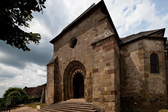 South portal, Église Saint-Étienne, Lubersac (Corrèze)  Photo by Dennis Aubrey