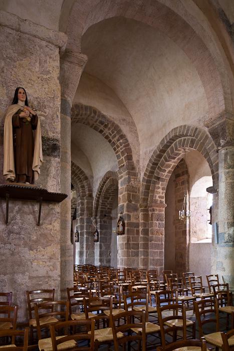Vaulted nave bays, Église Saint-Étienne, Lubersac (Corrèze)  Photo by PJ McKey