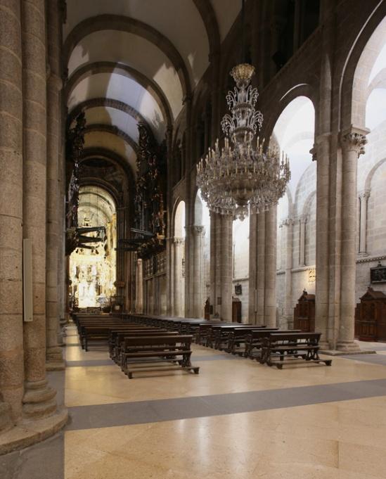 Nave, Catedral de Santiago de Compostela, Santiago de Compostela (Galicia)  Photo by Jong-Soung Kimm