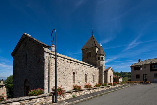 Église Notre Dame d'Avenas, Avenas (Rhône)  Photo by Dennis Aubrey