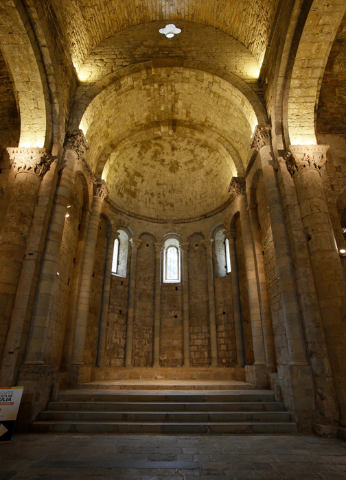 Chancel entry bay, Monastir Sant Pere de Galligants, Girona (Girona) Photo by Jong-Soung Kimm