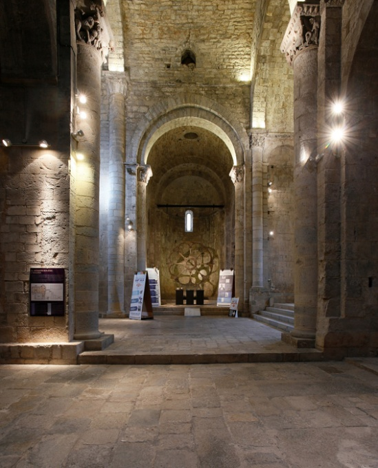View from south transept, Monastir Sant Pere de Galligants, Girona (Girona) Photo by Jong-Soung Kimm