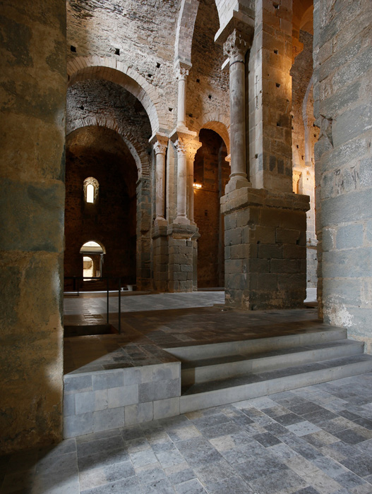 View from crossing to nave, Sant Pere de Rodes, El Port de la Selva (Girona) Photo by Jong-Soung Kimm