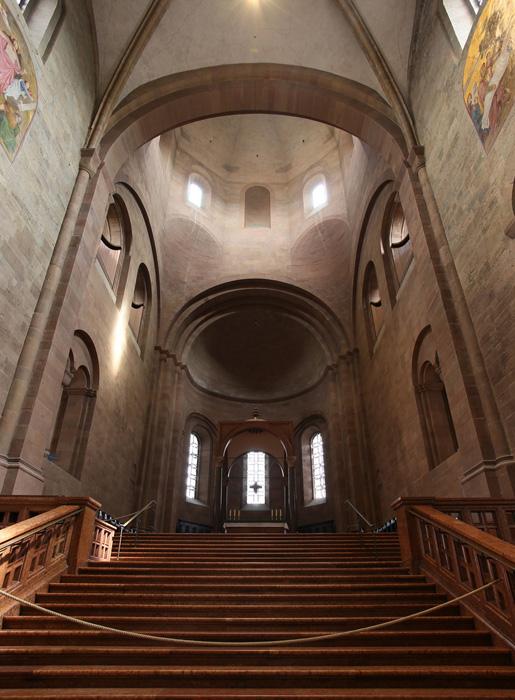 Apse, Mainzer Dom Sankt Martin, Mainz (Rhineland–Palatinate)  Photo by Jong-Soung Kimm