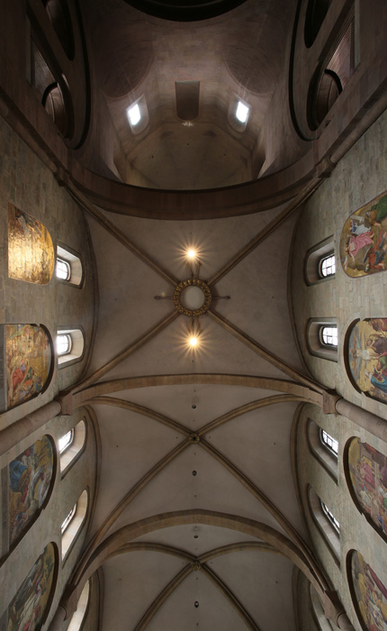 Nave vault, Mainzer Dom Sankt Martin, Mainz (Rhineland–Palatinate)  Photo by Jong-Soung Kimm