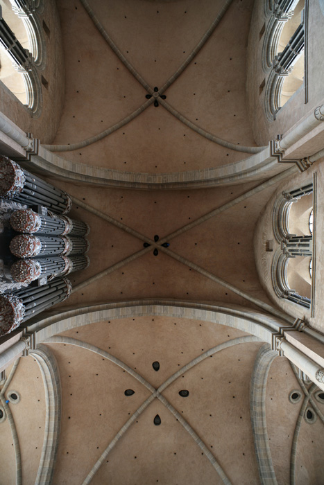 Nave vaulting, Dom Sankt Peter, Trier (Rhineland-Palatinate) Photo by Jong-Soung Kimm
