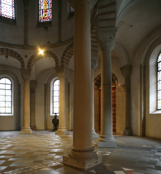Entrance to southern apse, Sankt Maria im Kapitol, Cologne (North Rhine-Westphalia) Photo by Jong-Soung Kimm