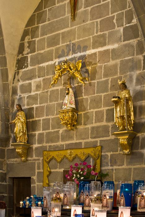 Notre Dame de Vassivière, Chapelle Notre-Dame de Vassivière, Besse-et-Saint-Anastaise (Puy-de-Dôme) Photo by PJ McKey