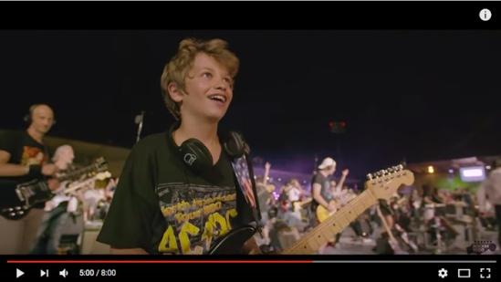 concert-boy