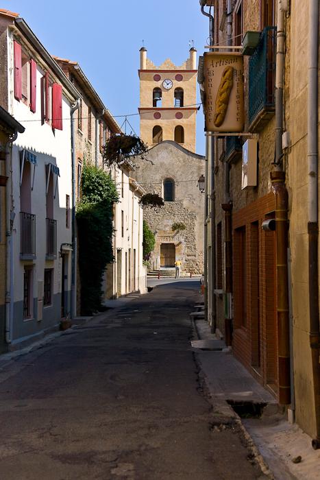 Exterior of Eglise à Saint-Génis-des-Fontaines, Saint Genis-des-Fontaines (Pyrénées-Orientales)