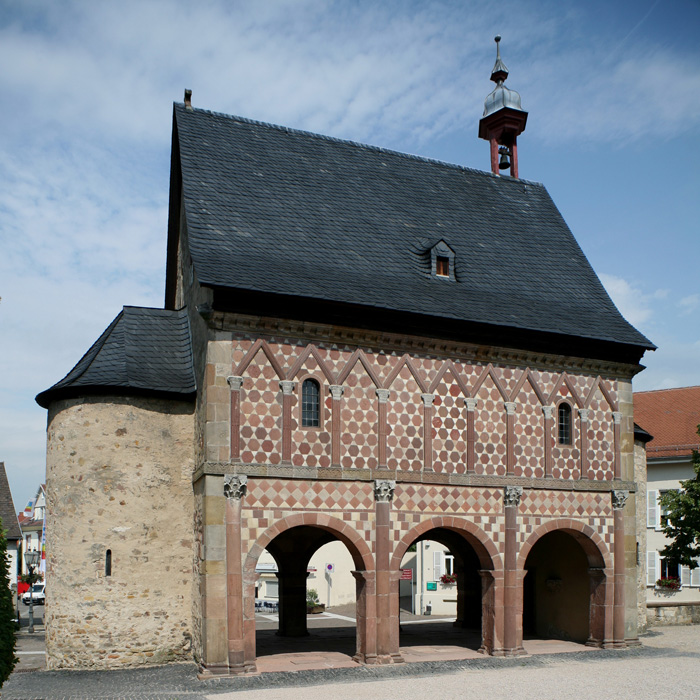 Torhalle, Imperial Abbey of Lorsch, Lorsch (Hesse)  Photo by Jong-Soung Kimm