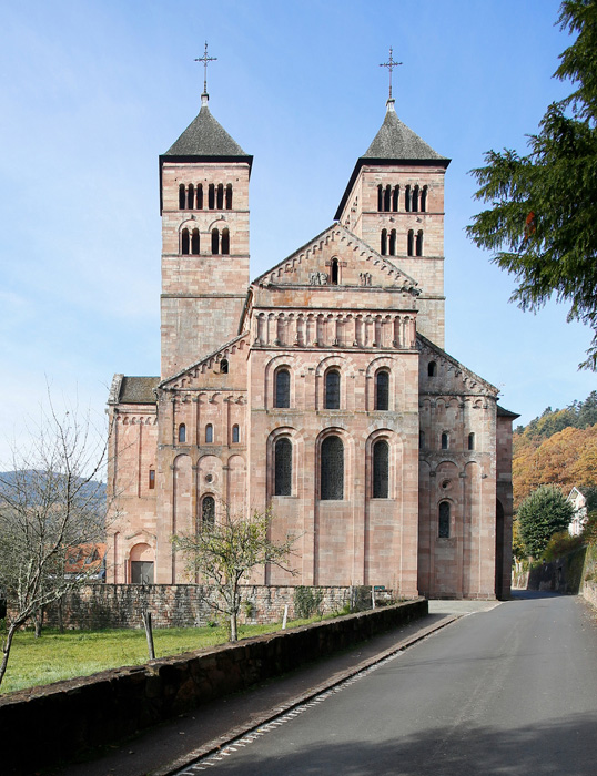Westwork, Abbaye de Murbach, Murbach (Haut-Rhin)  Photo by Jong-Soung Kimm