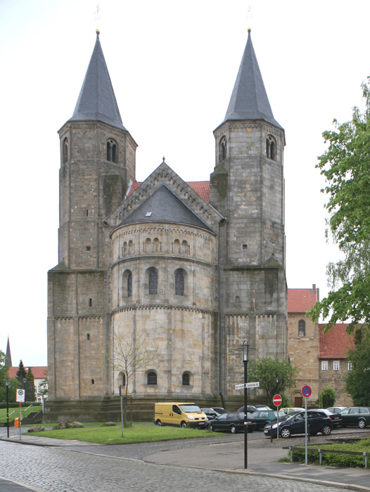 Westwork, Church of Saint Godehard, Hildesheim (Lower Saxony)  Photo by Jong-Soung Kimm